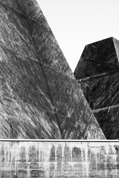 10-eduardo-souto-de-moura-Casa-das-Historias-Paula-Rego-architecture-photography-tobias-mueller