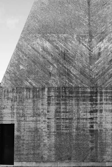 4-eduardo-souto-de-moura-Casa-das-Historias-Paula-Rego-architecture-photography-tobias-mueller